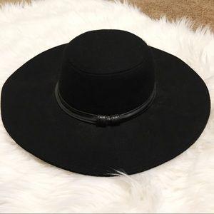 Kendall & Kylie Wide Brim Hat